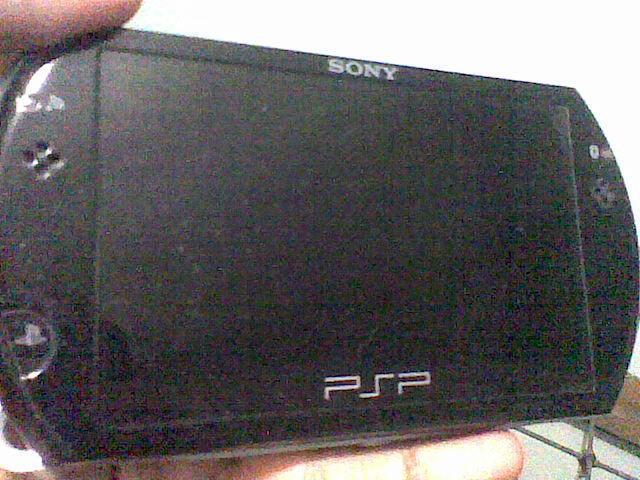 PSP Go Black 16GB Fullset Mulus Gan..