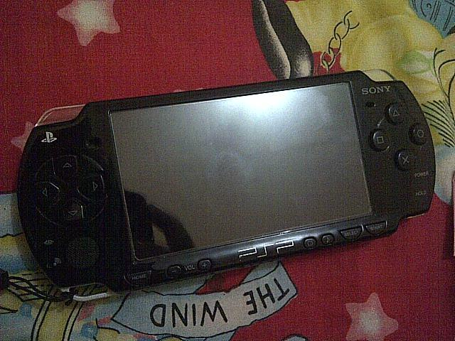 PSP 2006 piano black 95% mint condition all normal 800rb an