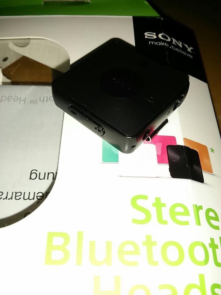 842380db8e5 Terjual jual headset bluetooth sony SBH20 | KASKUS