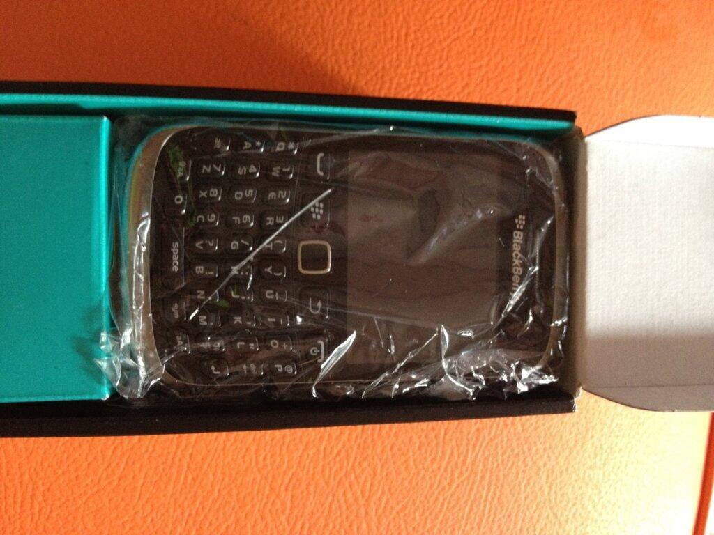 Blackberry Armstrong 9320 Gan Dapet Hadiah dari Kantor 100% Baru