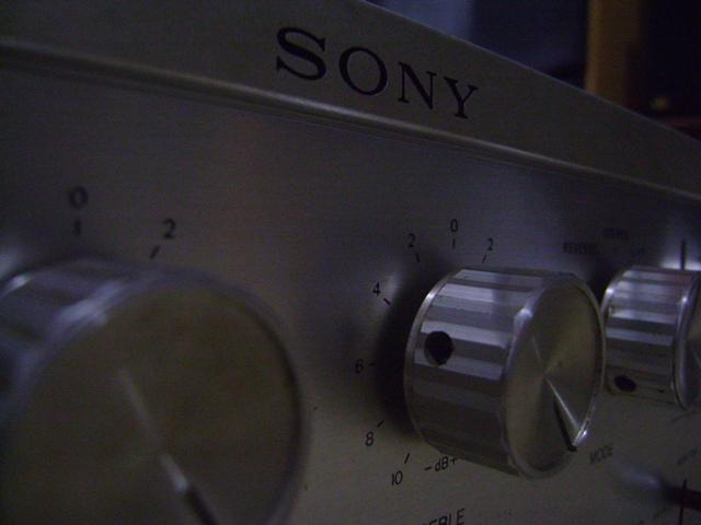 SONY TA - 1130 SILVER VINTAGE INTEGRATED AMPLIFIER