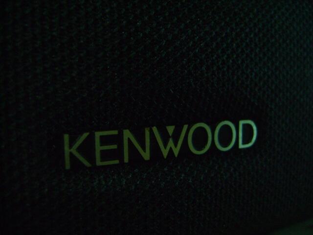 KENWOOD CRS - 15 CENTER AND REAR SPEAKER