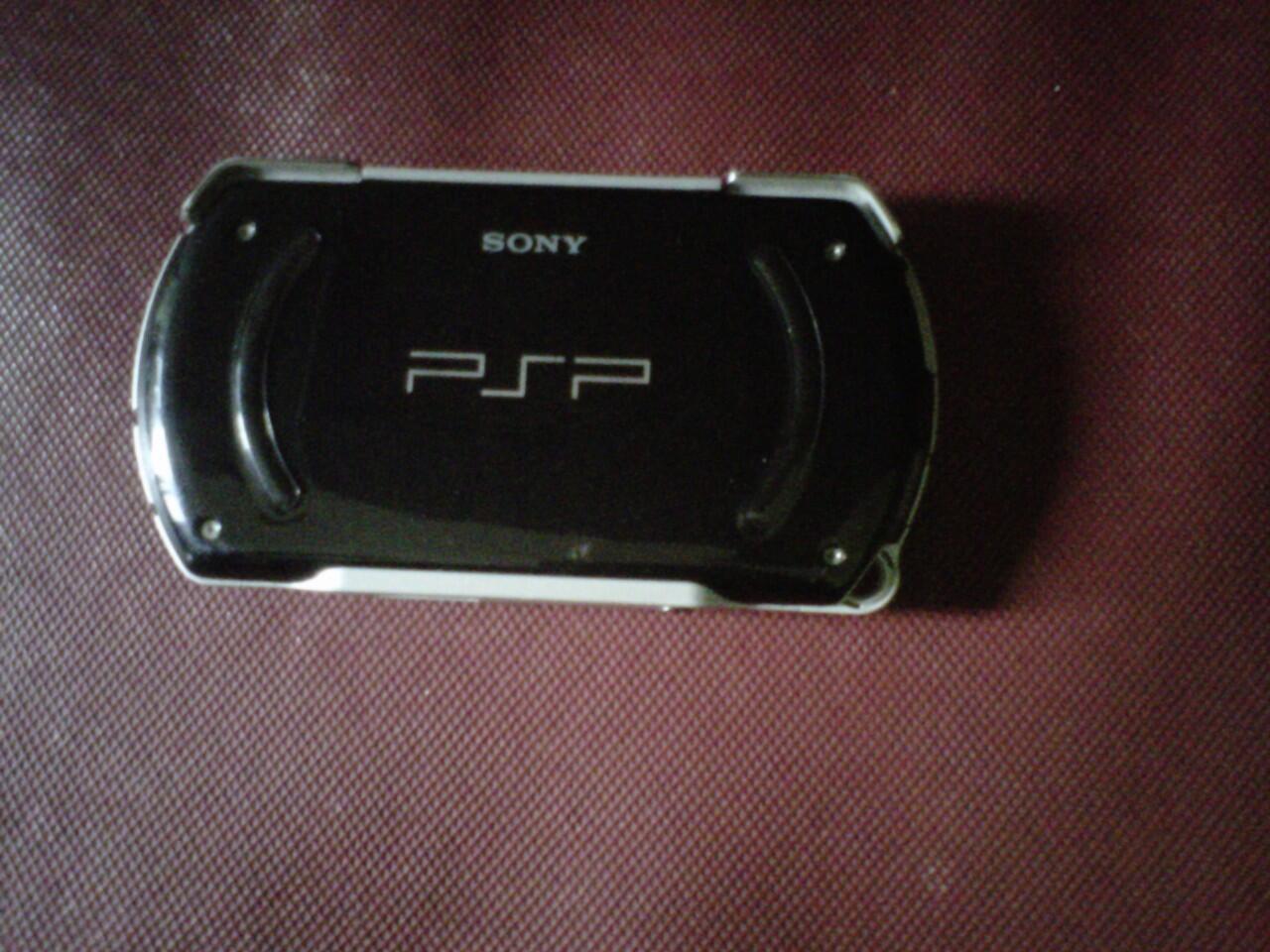 PSP GO BLEK 16GB