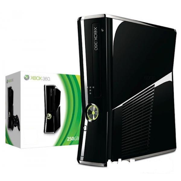 Xbox 360 Slim 250 GB +1 Stick Original+ 17 Cd