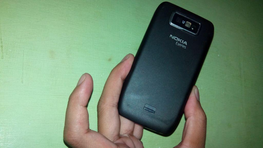 Jual ato TT Nokia E63 muyuuusss,,,