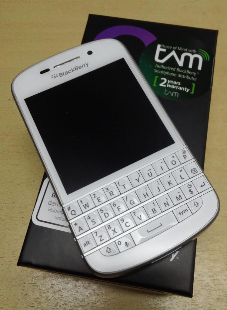 JUAL Blackberry Q10 Garansi TAM
