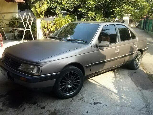 Mobil Peugeot 405