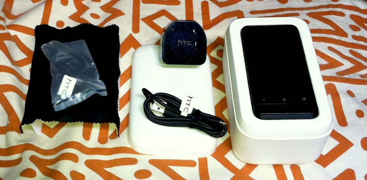HTC One V.masi baru dengan harga murah