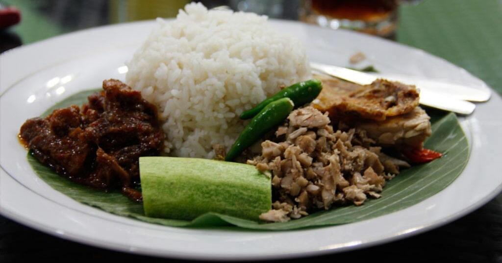 MEGONO....makanan murah meriah khas Kota Pekalongan dan sekitarnya.