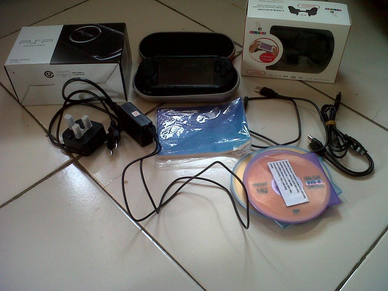 PSP 3006 Memory 16+32GB Murah BOGOR!!