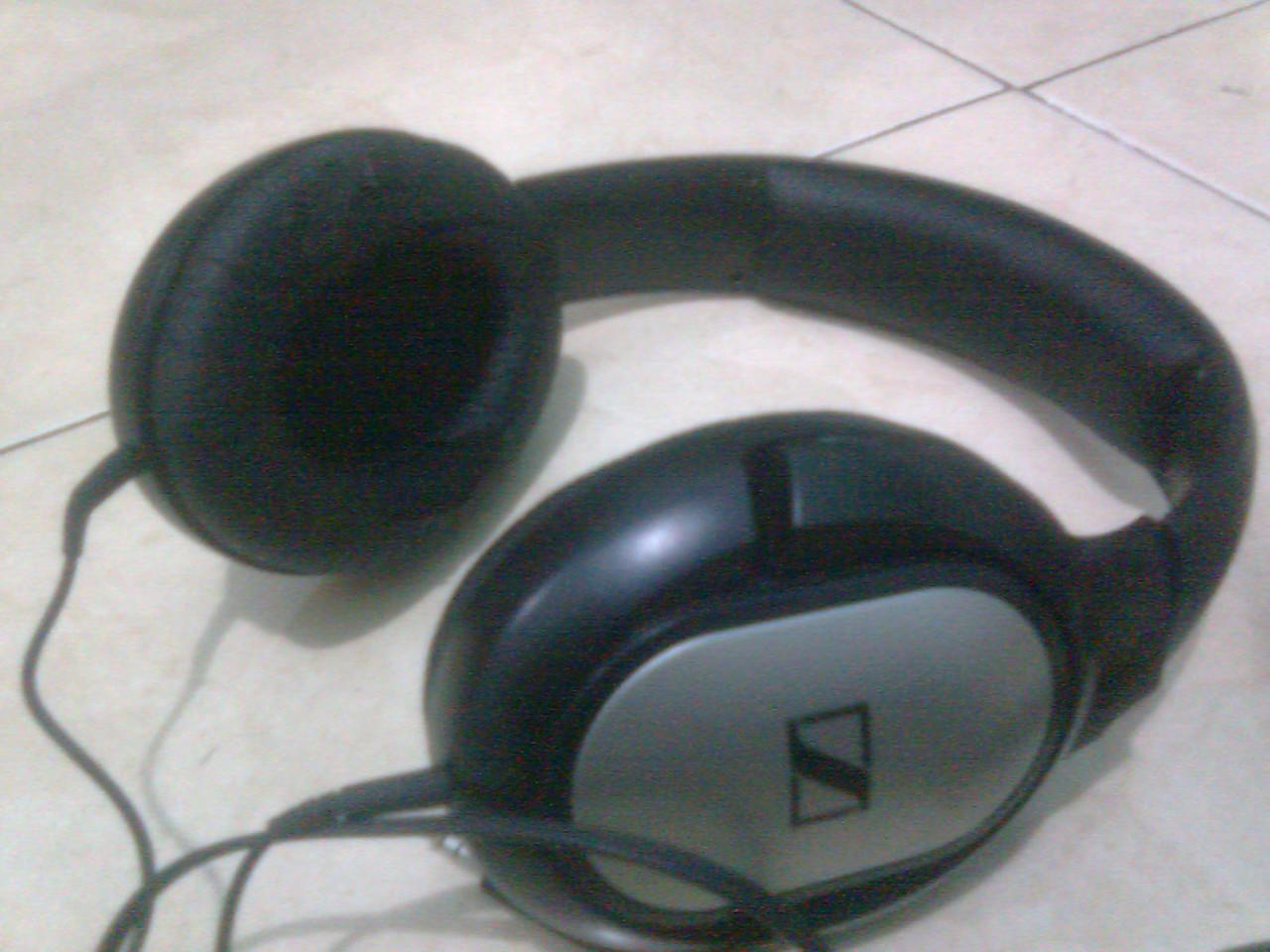 Sennheiser HD201 headphone bandung murah