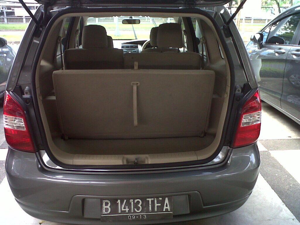 Nissan Grand Livina XV AT Tahun 2008