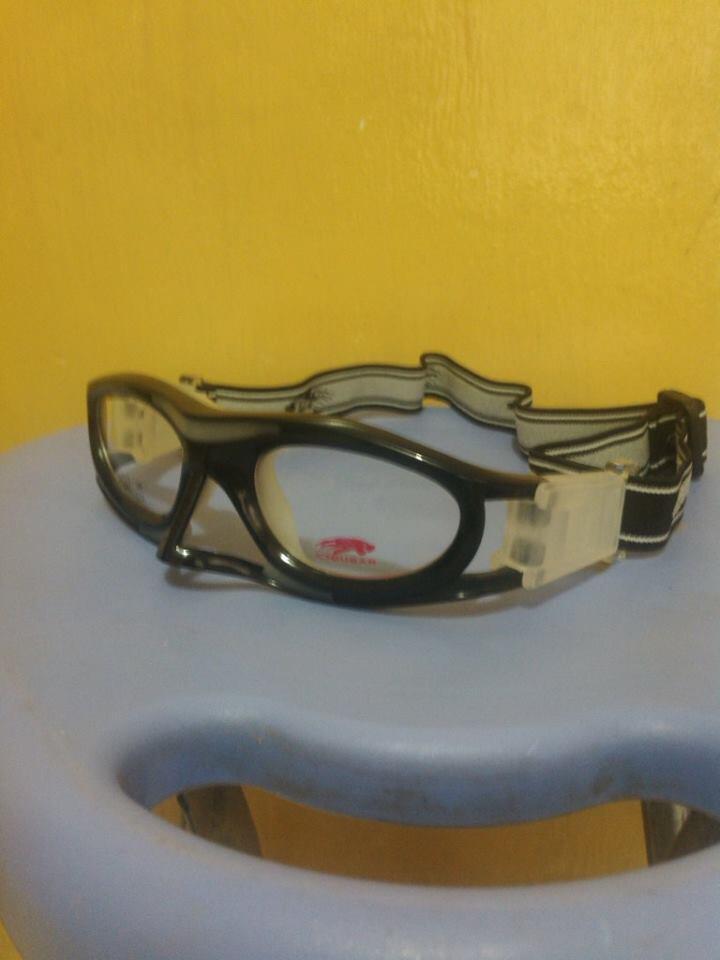 Kacamata Motor / Sport untuk bikers bermata minus / rabun jauh: sepeda,motor