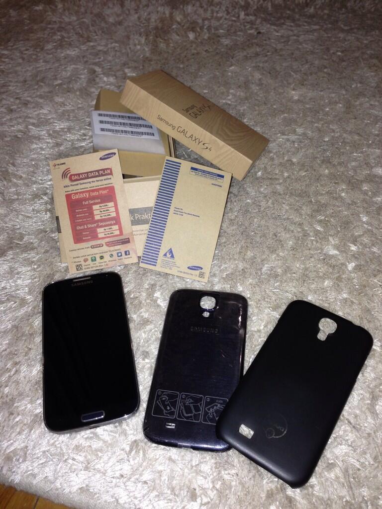 Samsung Galaxy S4 original 2nd (terima TT dgn Xperia Z Ultra Black)