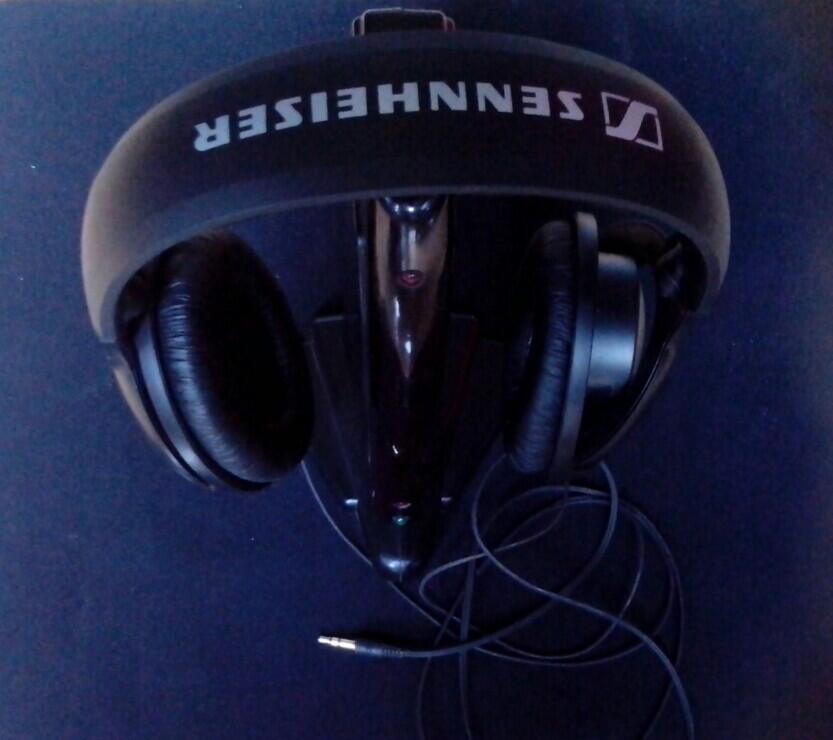 Headphones Sennheiser, HD-201