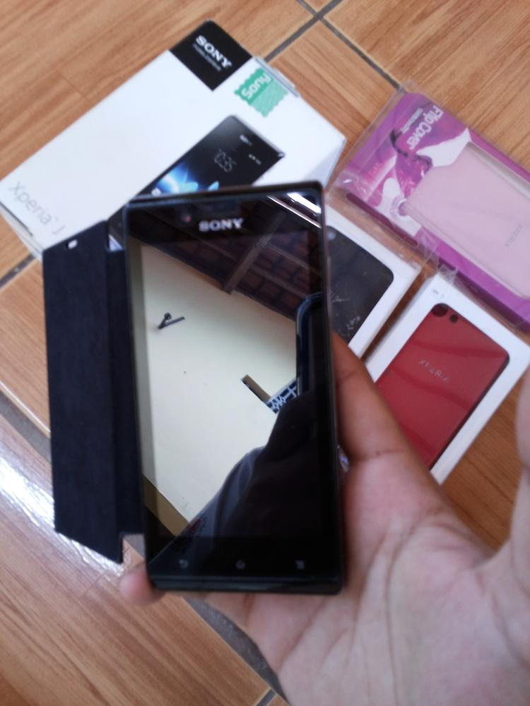 Sony Xperia J | Masih Garansi Sampai Desember 2013