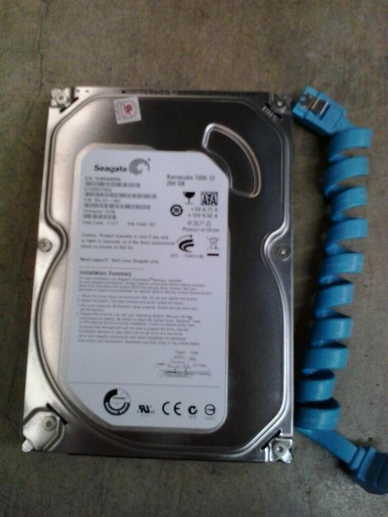 "HARDISK SEAGATE BARRACUDA 7200RPM 250GB SATA 3.5"" PC GARANSI PANJANG (LIKE NEW)"