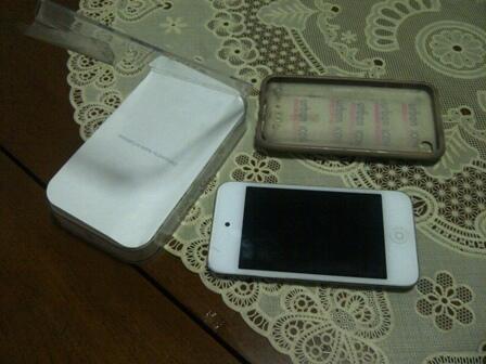 wts ipod generasi4 white 8gb white bdg