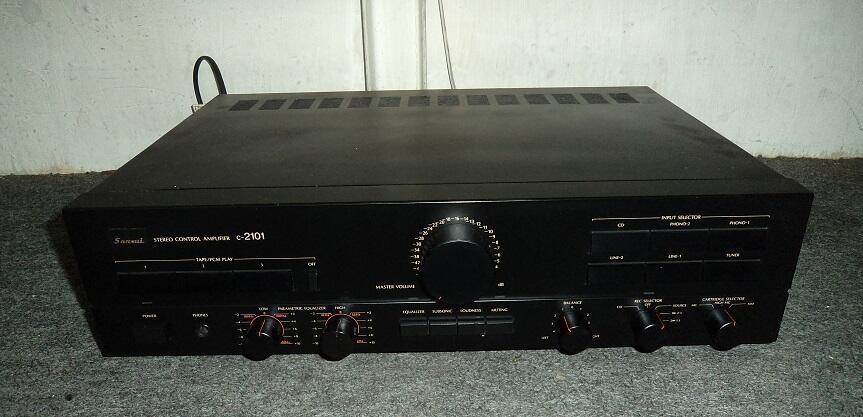 Sansui C-2101 preamp