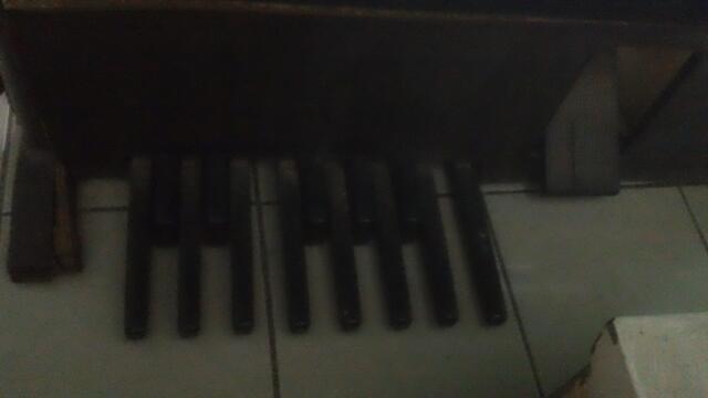 JUAL PIANO YAMAHA ELECTRIC ME-100 MURAH !!