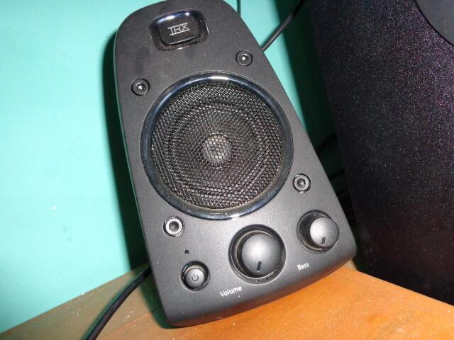 SPEAKER LOGITECH Z 623 THX Garansi panjang