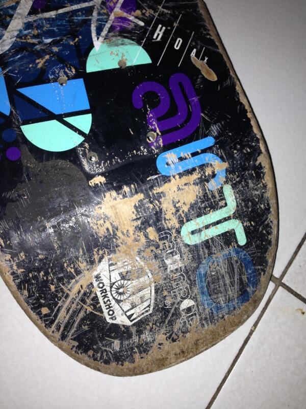 WTS skate deck alien workshop murah