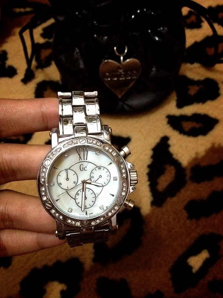 Want to sell jam tangan Guess