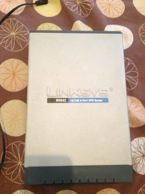 Terjual WTS Cisco RV042 Dual WAN VPN Router Load Balancing Router