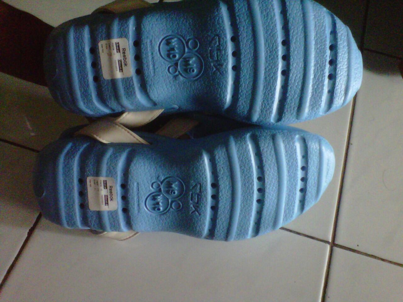Jual [Lelang] Sandal Reebok quest & sepatu airwalk murmer gan ob rendah mari