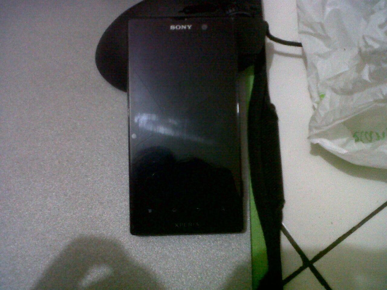 Sony Xperia Ion (LT28i) Mulus....!!