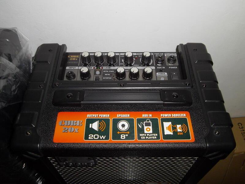 Ampli Roland Cube 20X