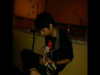 Kursus Gitar Accoustic & Electric Danny