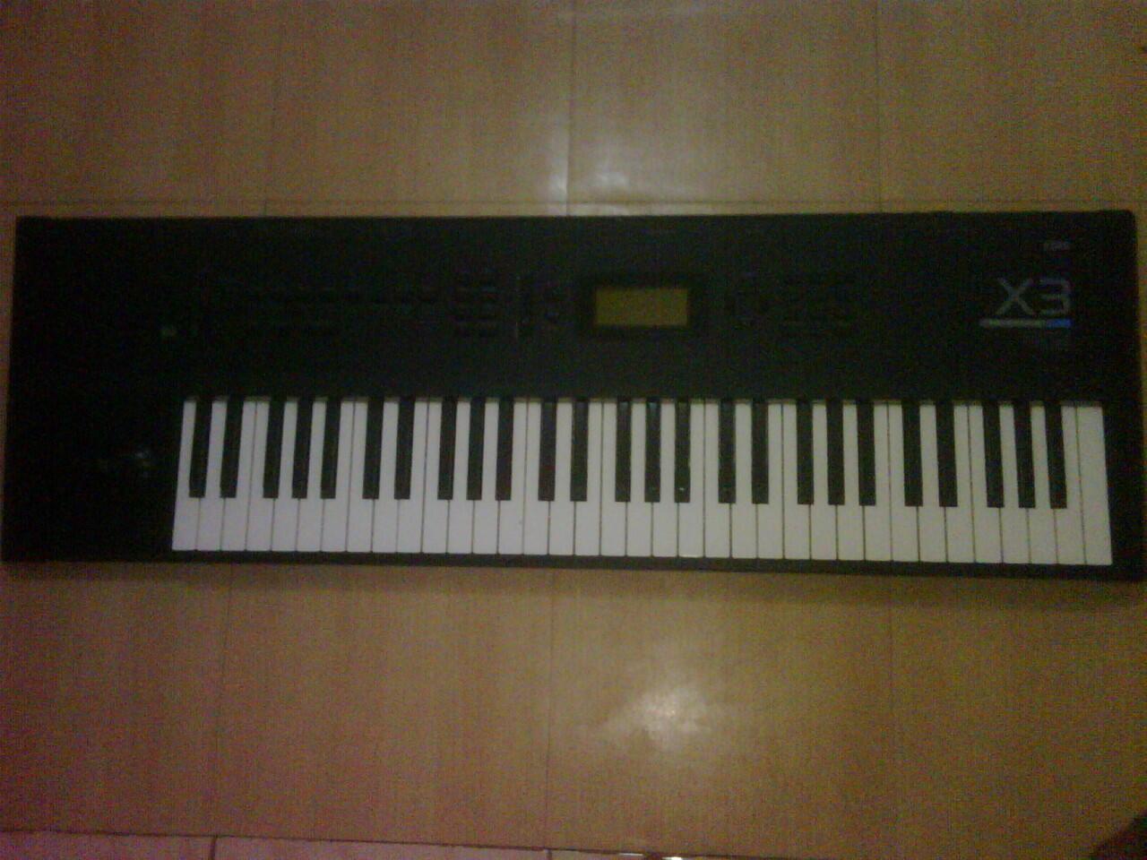 jual keyboard KORG X3 dan preamp behringer t1952