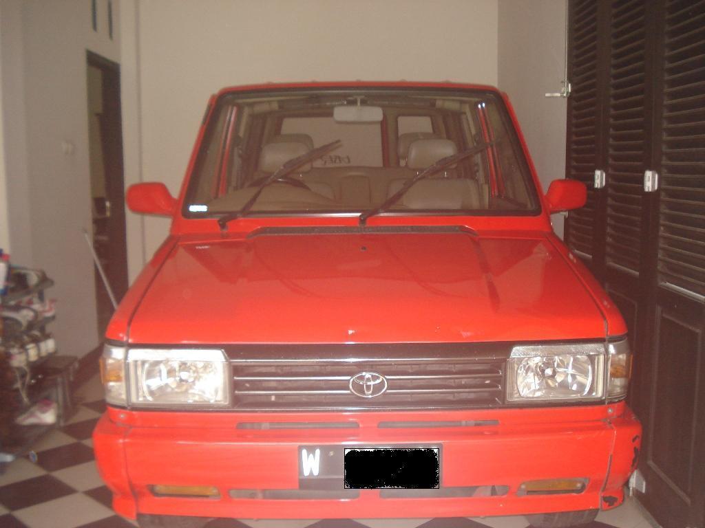 Dijual Kijang Grand Extra thn 1994
