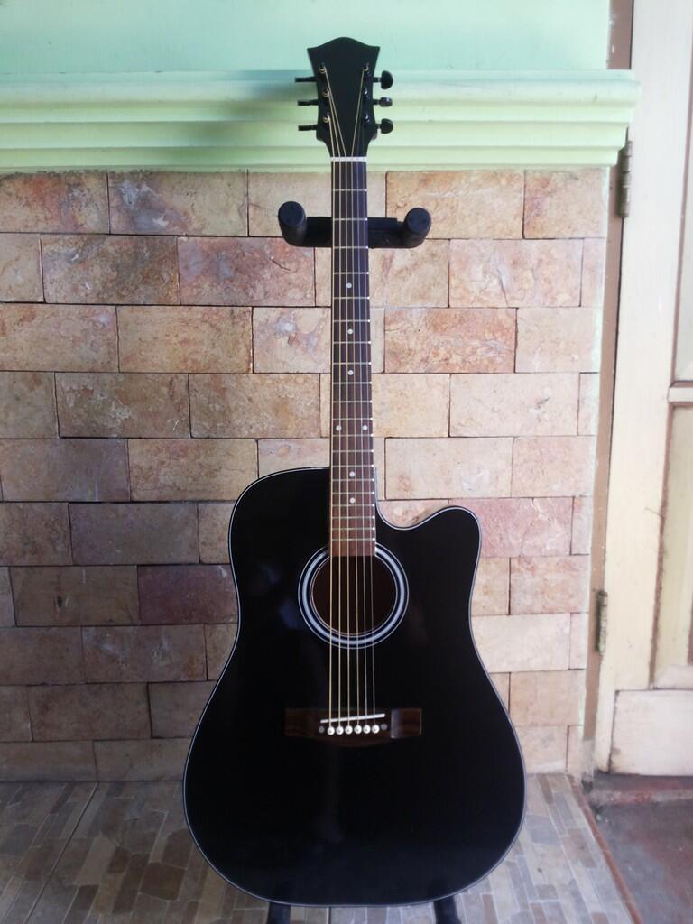 Gitar Akustik Black Glossy Untuk Pemula