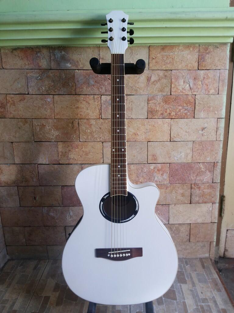 Gitar Akustik Elektrik APX White Doff