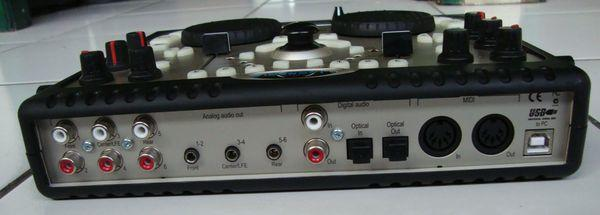Soundcard + DJ Mix Controller. Hercules DJ Console (Mac)