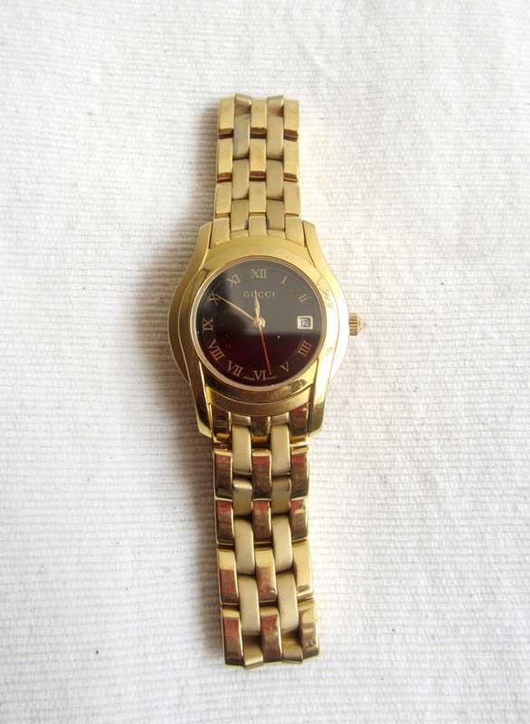 e78b4e5281a Terjual Original Women Gucci 5400l Gold Bracelet Black Dial