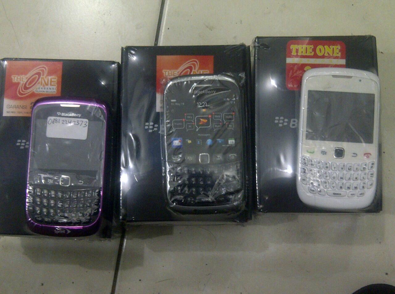 Terjual Lelang New Blackberry All Type Garansi 2tahun Termurah 9790 Belagio Distributor 1 Tahun Bandung