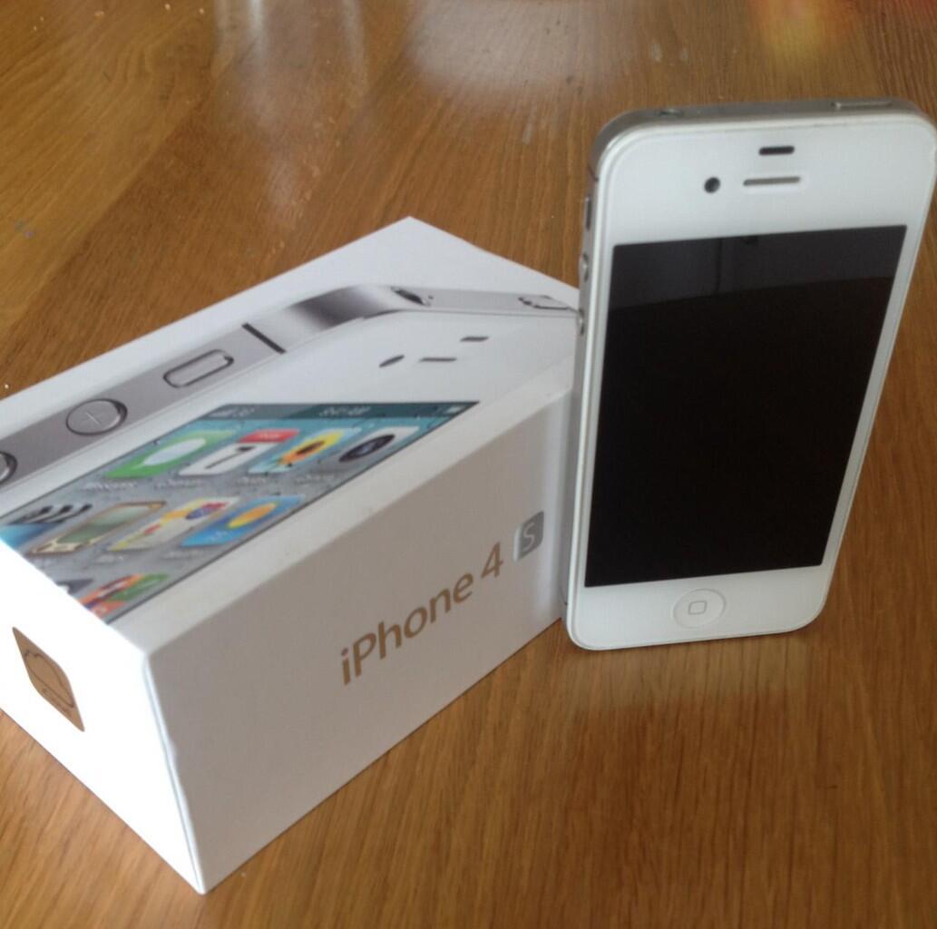Terjual iPHONE 4S. masi baru dengan harga murah  a4f597063c