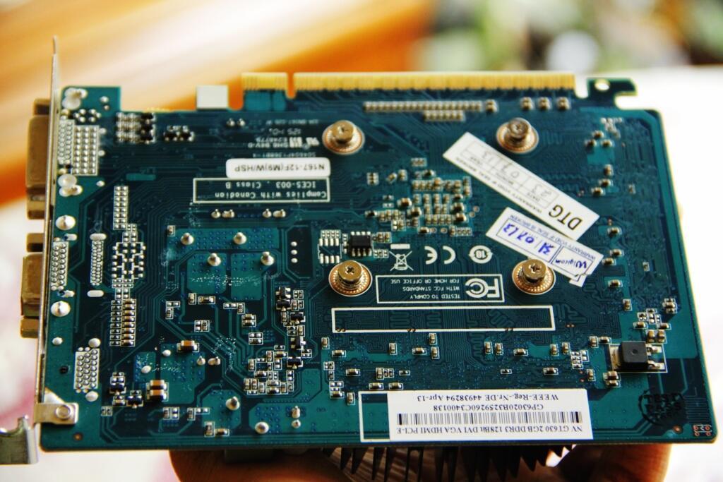 GT 630 2GB DDR3 Mulus garansi panjang