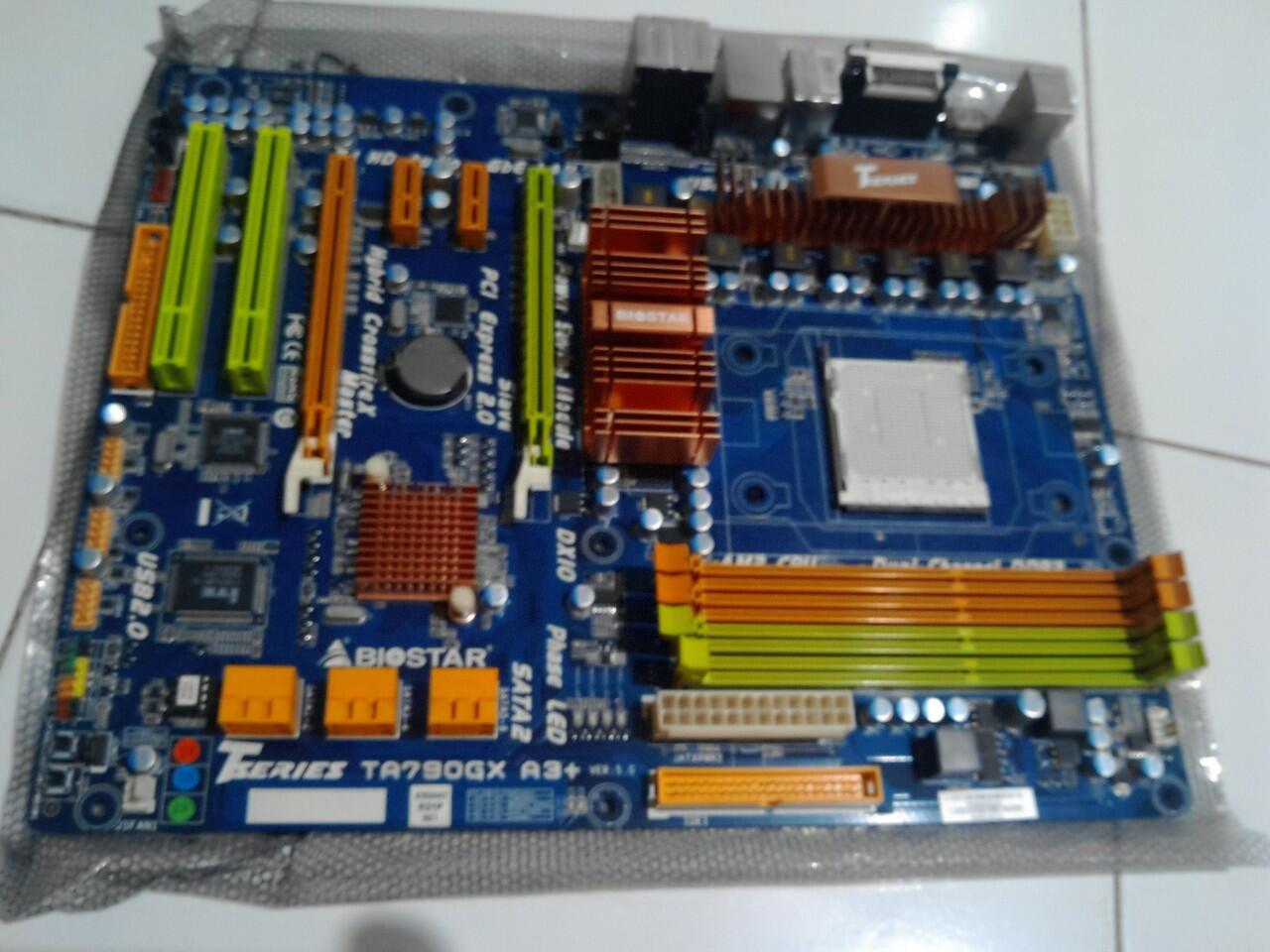 BIOSTAR TA790GX A3+