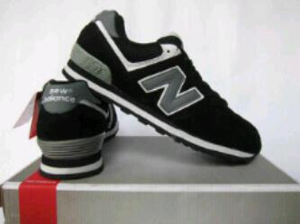 Terjual Sepatu New Balance KW ada 3 warna (Label US)  49b15289c3