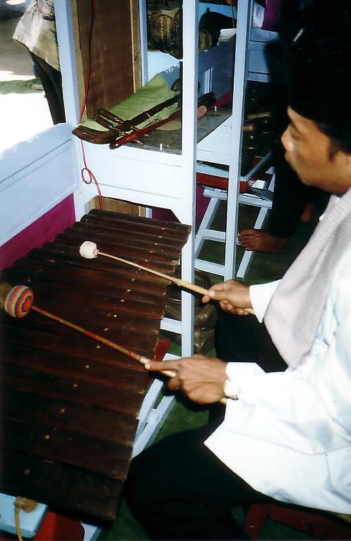 Mengenal Musik Gambang Kromong | KASKUS
