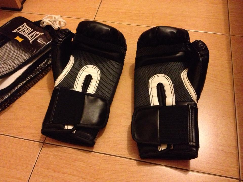 sarung tinju Everlast,,,.Sarung tinju Muaythai boxing samsak,,handwrap everlast,, NEW