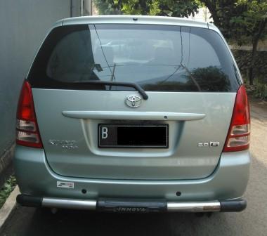 Toyota Kijang Innova 2006 G