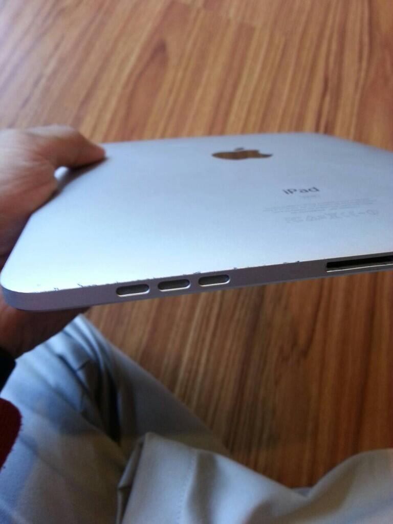 iPad 1 3G + WiFi 64 GB 95% murah aja gan!