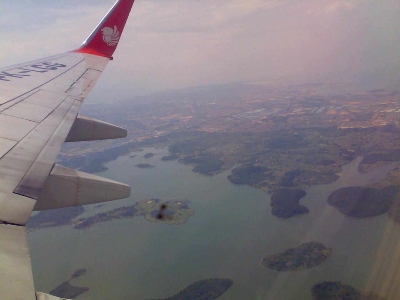 Dunia dari Jendela Pesawat