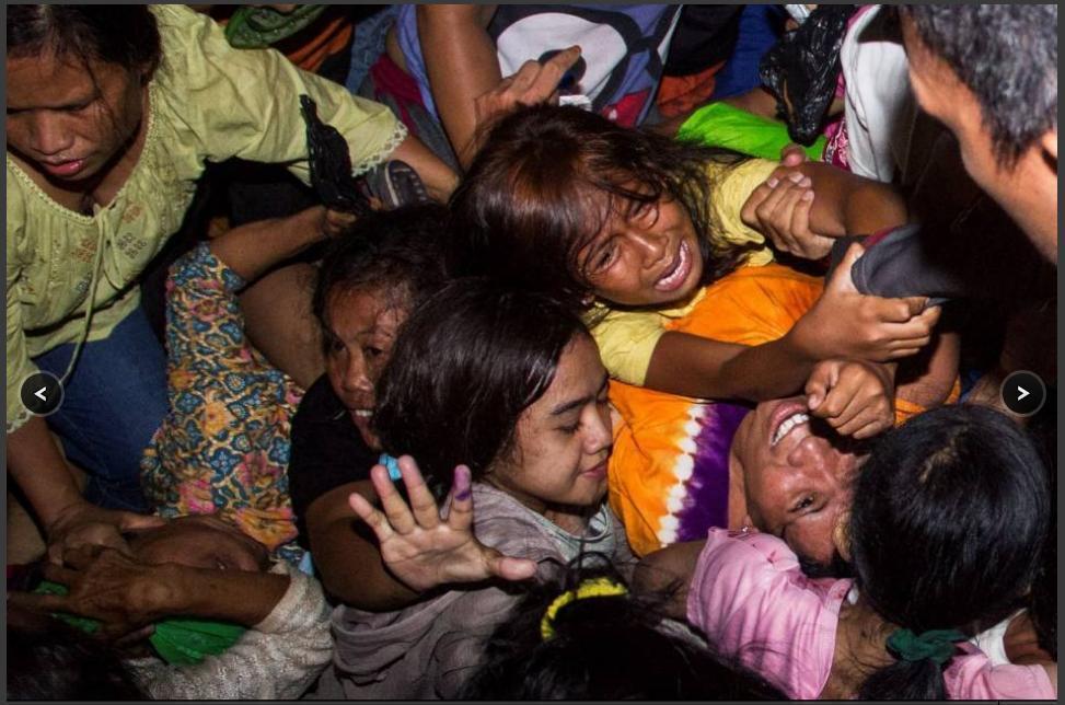 Foto-foto Kerusuhan Berebut Daging Kurban di Istiqlal