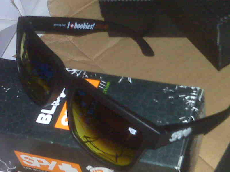 62033789da7fa KACAMATA POLARIZED····OAKLEY HOLBROOK SIGNATURE SERIES···· Like Ori
